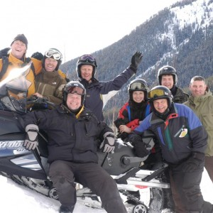 Canmore snowmobile tours
