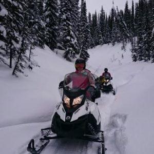 twilight snowmobile ride